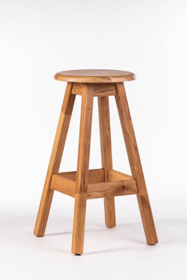 Barski stol iz lesa